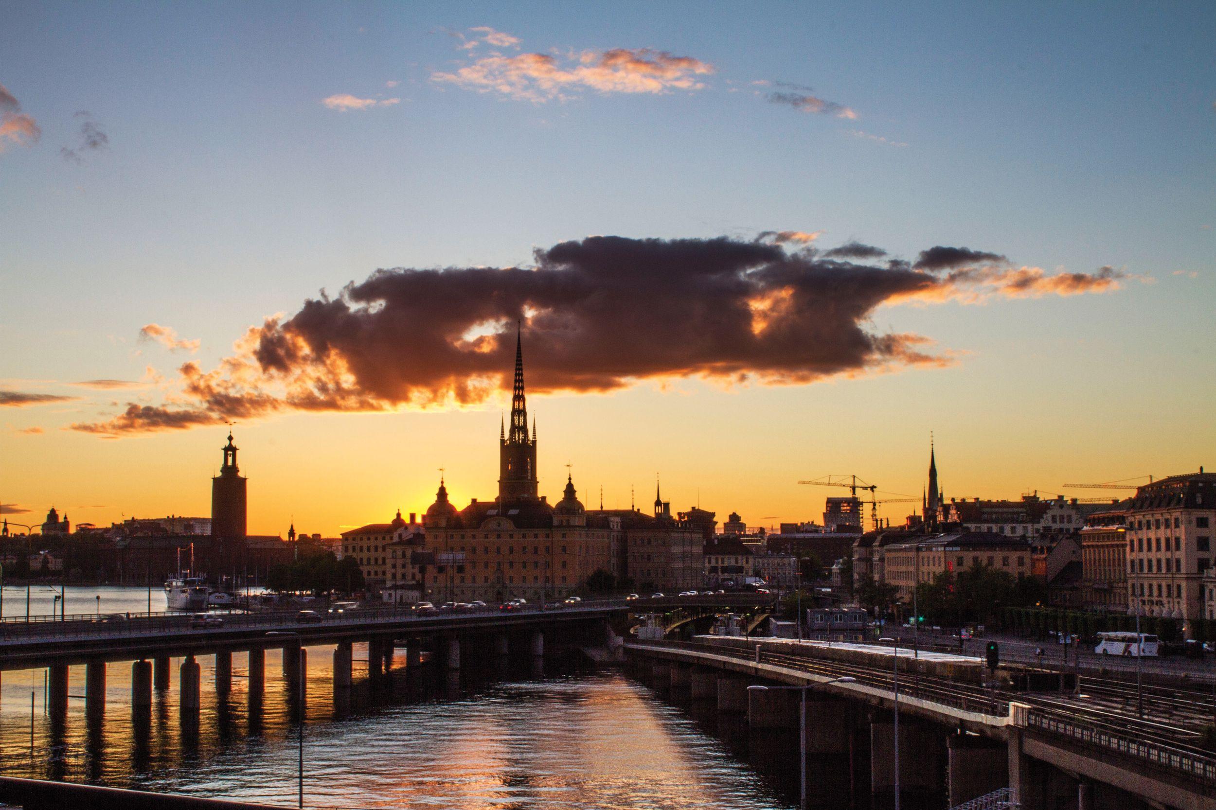 SWEDEN ARTICLE472