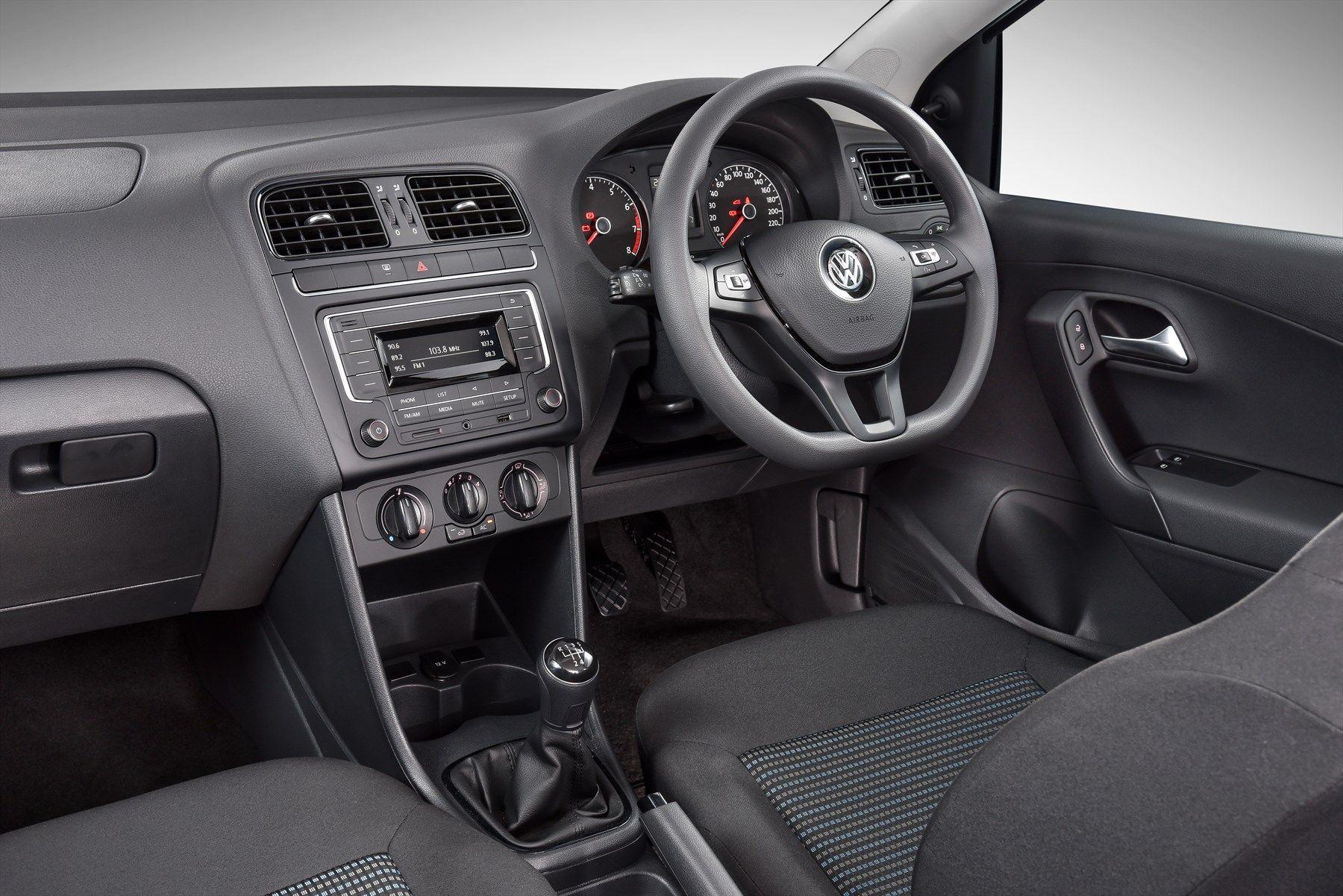 volkswagen-polo-vivo_-interior-004_1800x1800